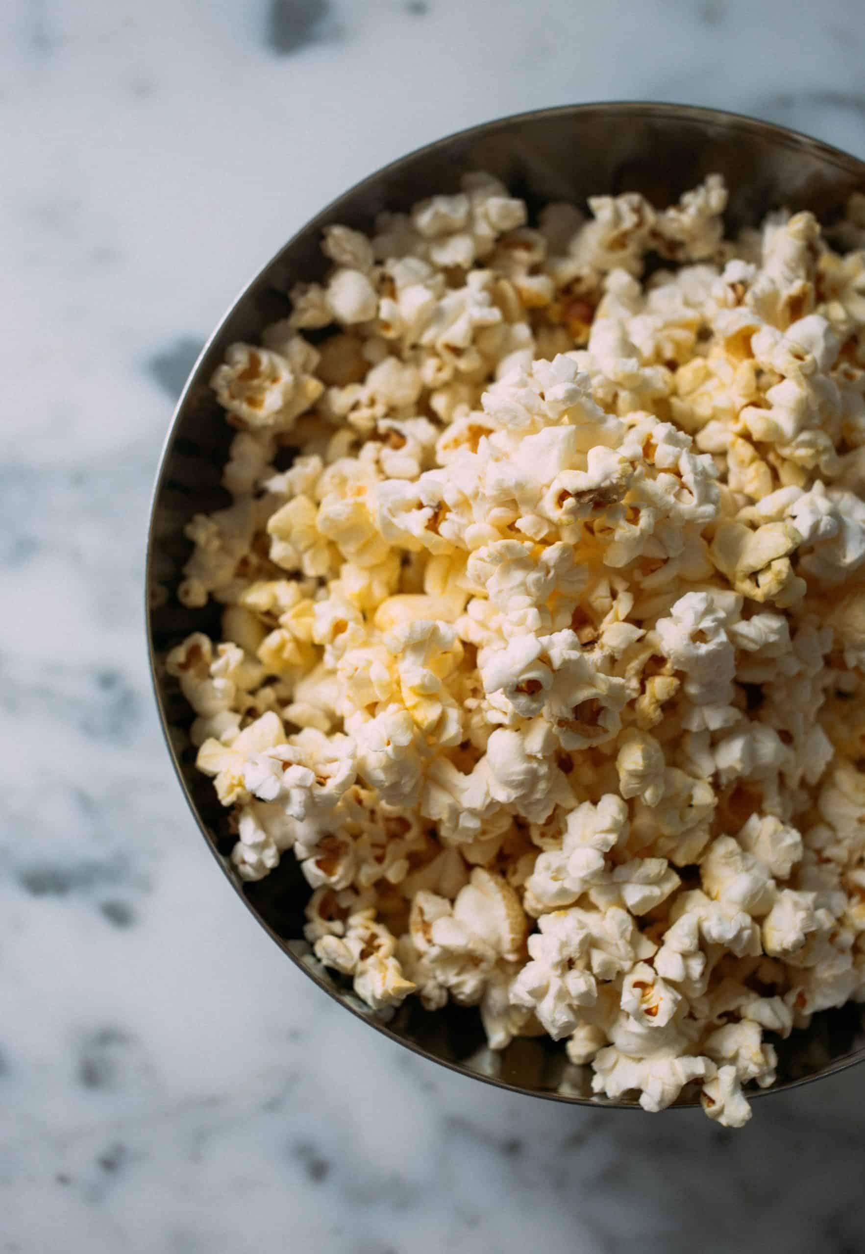 Niet alleen zijn de films niet ontspannend, de snacks zijn ook niet echt bevorderlijk voor je gezondheid